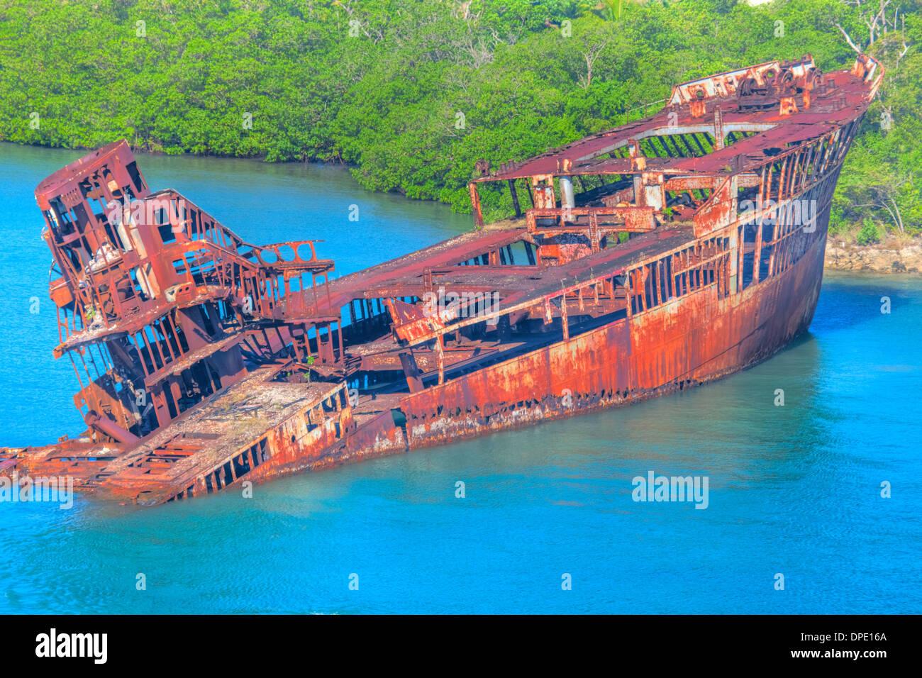 Shipwreck on shore of Roatan Island, Honduras, Near Meso-American Barrier Reef - Stock Image