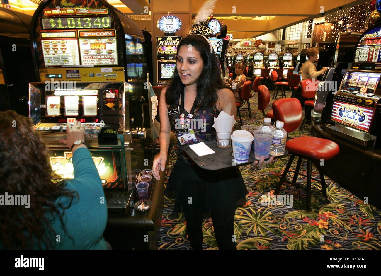 cocktail waitressing in casino