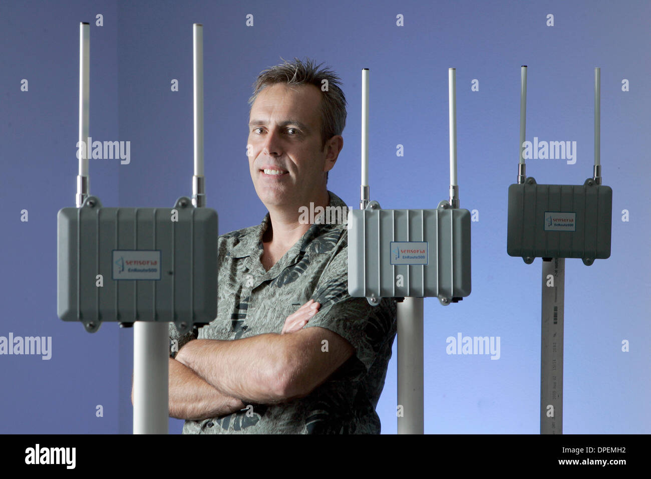 (Published 9/15/2006, C-1)  August 31, 2006, Rancho Bernardo, California, USA_DAVE GELVIN is pictured with his EnRoute500 mesh router and WiFi access point. Gelvin is the President and CEO of Sensoria Corp. Sensoria Corp. makes wireless networks that are used not only by the military but also by universities and  municipalities that want to offer wireless, high-speed Internet acces - Stock Image