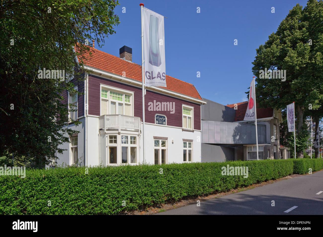 Bureau sla stock photos & bureau sla stock images alamy