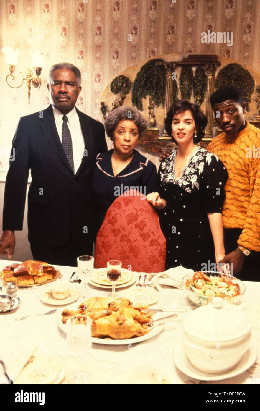 Jan. 12, 2006 - A8108.1991.JUNGLE FEVER.TV-FILM STILL. OSSIE DAVIS RUBY DEE ANNABELLA SCIORRA AND WESLEY SNIPES. Stock Photo