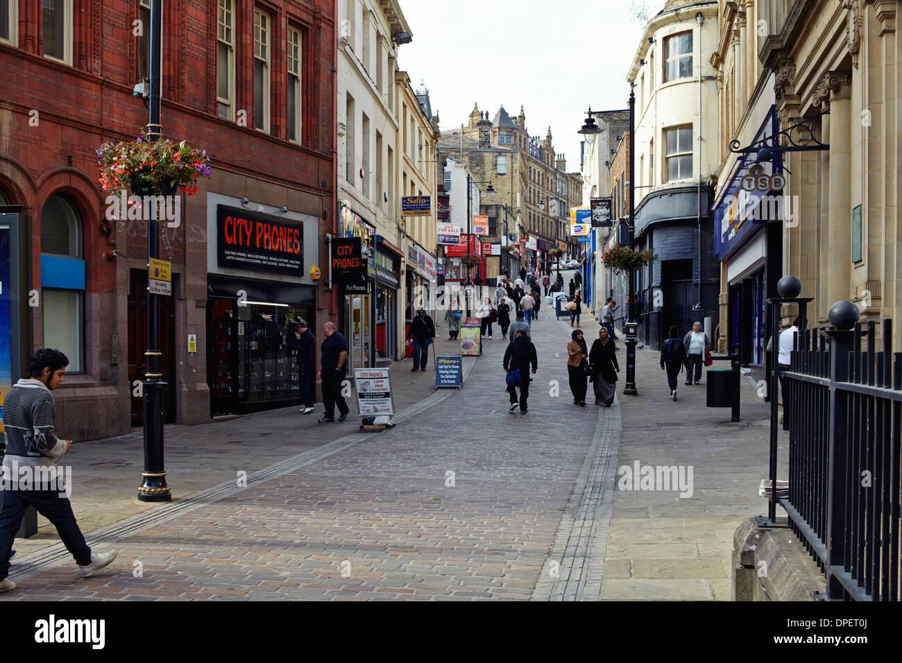 Bradford, Yorkshire shopping centre street - Stock Image