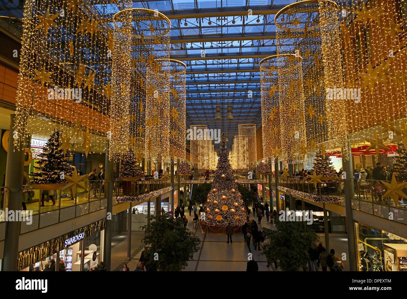 Weihnachtsbeleuchtung Berlin.Potsdamer Platz Arcade Stock Photos Potsdamer Platz Arcade Stock