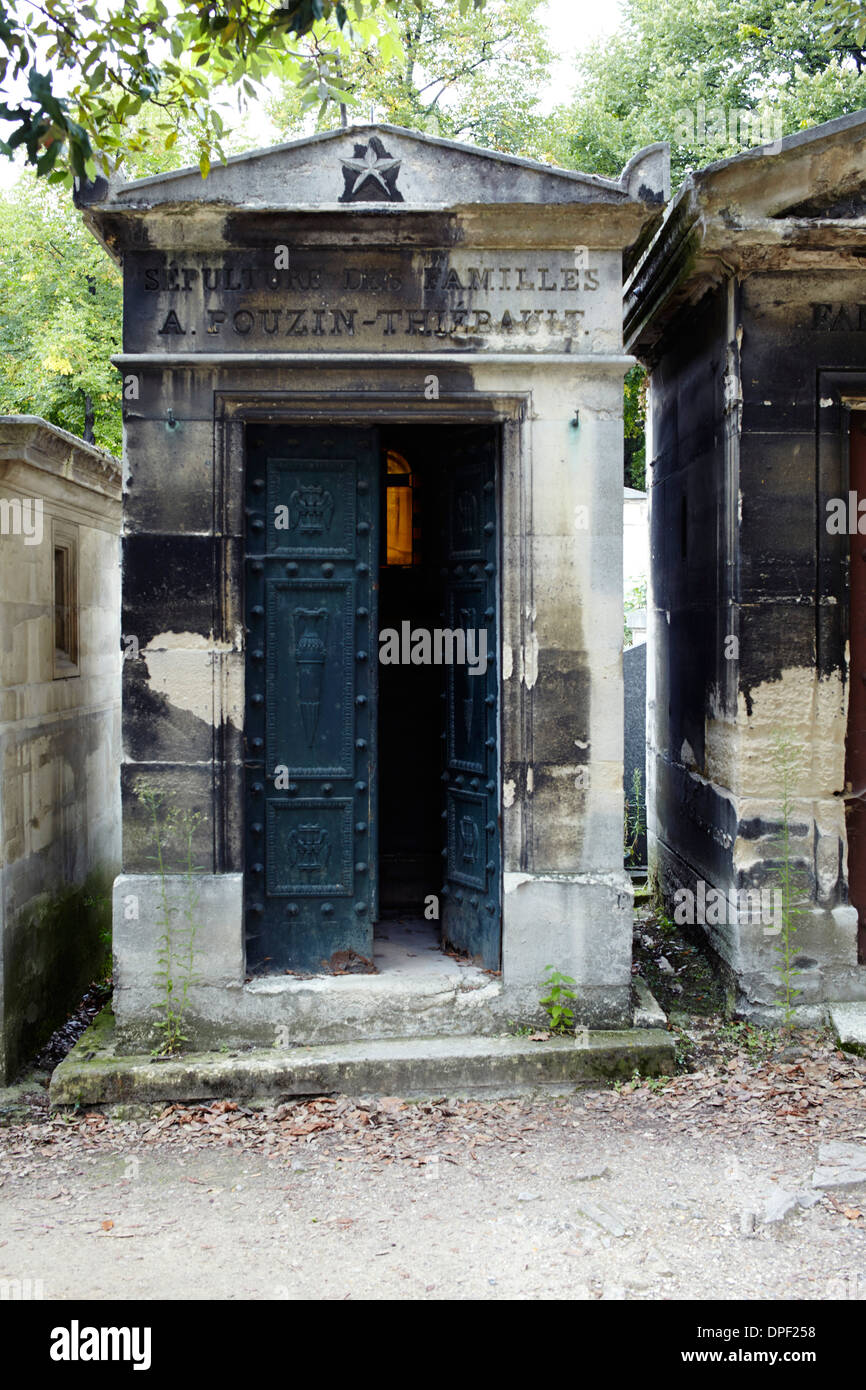 Family vaults in Paris cemetary - Stock Image
