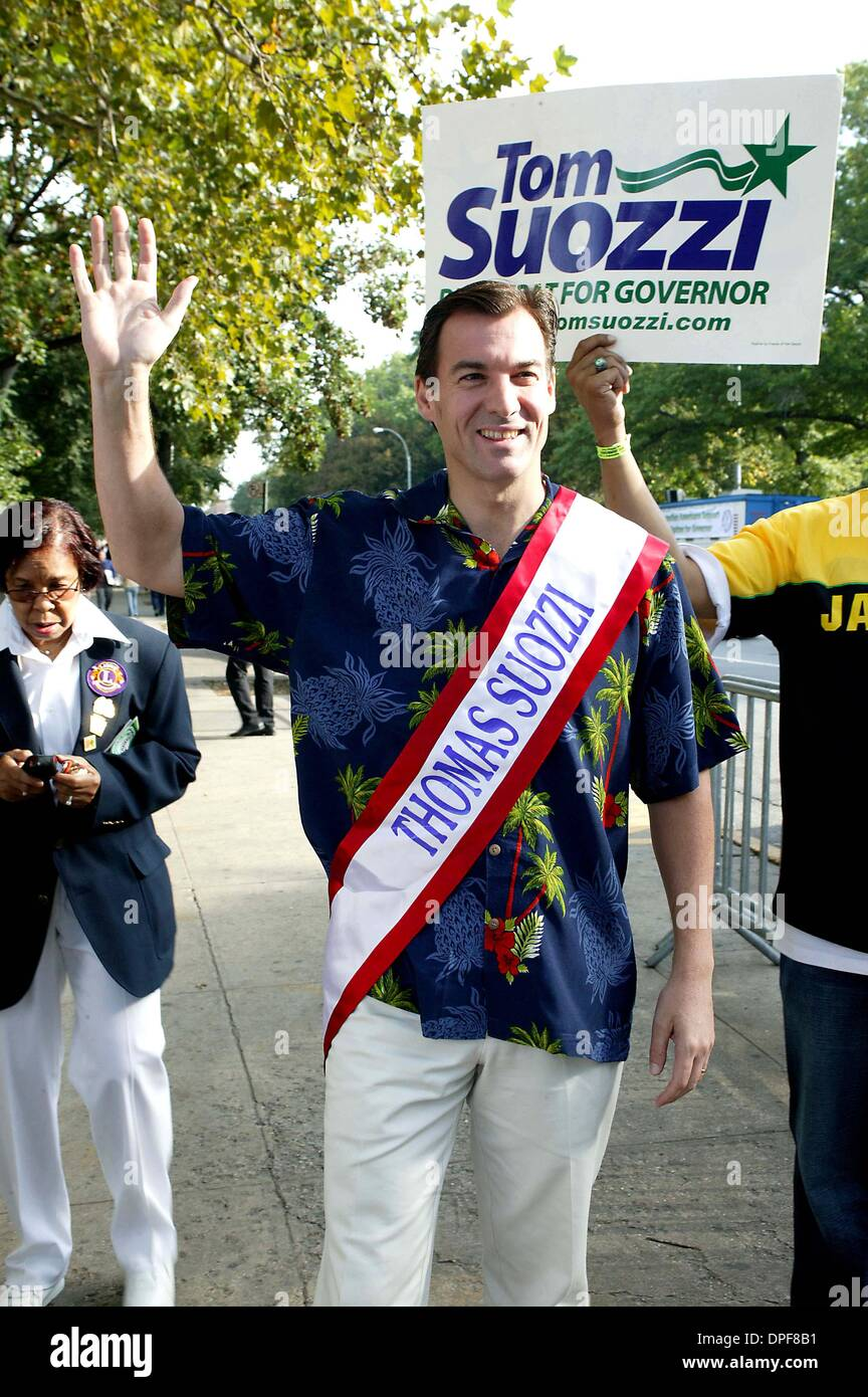 Sept. 4, 2006 - New York, New York, U.S. - K49532BCO.West Indian Day Parade on Eastern Parkway in Brooklyn Politicians Stock Photo