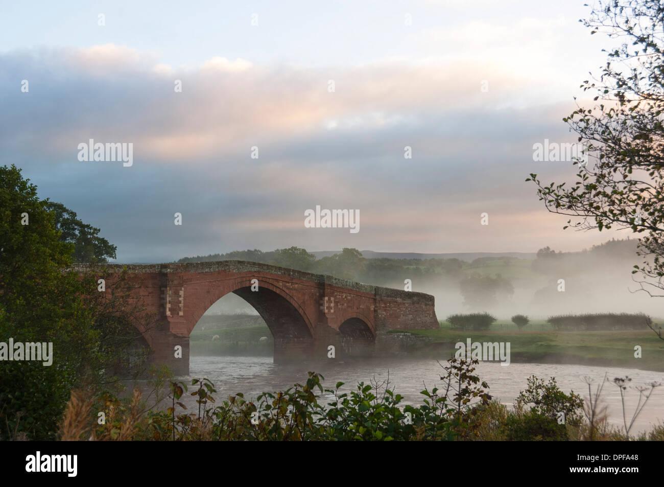 Autumn, early morning, Eden Bridge, Lazonby, Eden Valley, Cumbria, England, United Kingdom, Europe - Stock Image