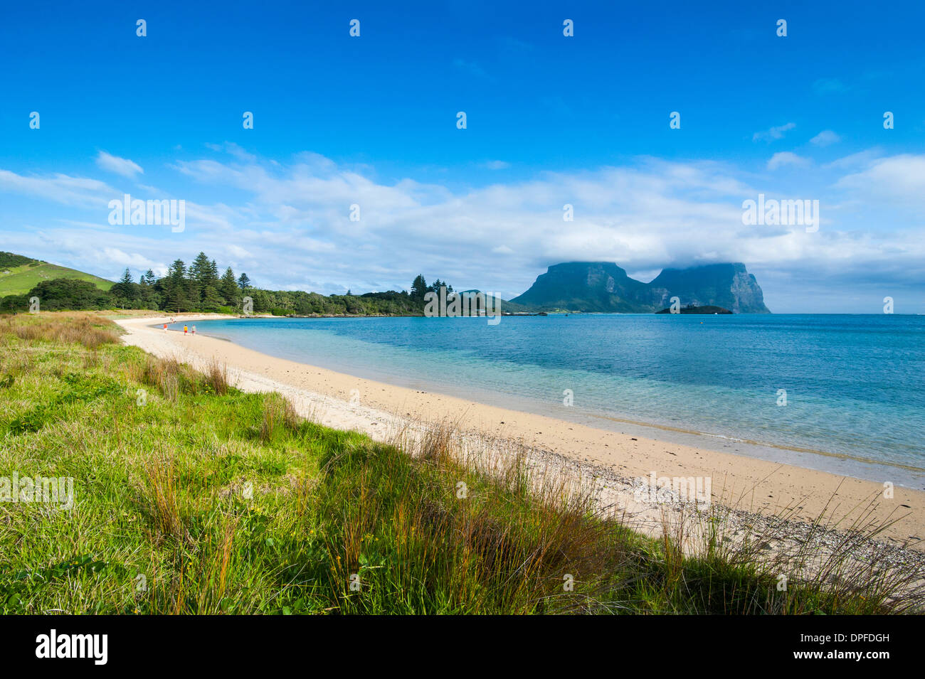 Deserted beach with Mount Lidgbird and Mount Gower in the background, Lord Howe Island, UNESCO Site, Australia, Tasman Sea - Stock Image