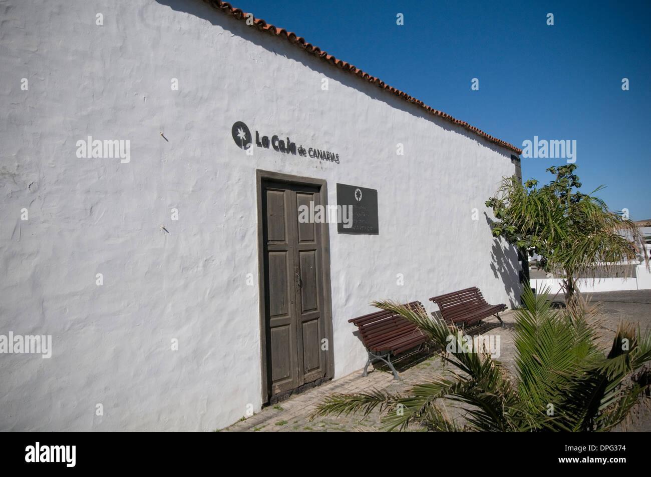 la caja de canarias Savings Insular de Canarias canaries islands island canary bank banks Spanish branch spain - Stock Image