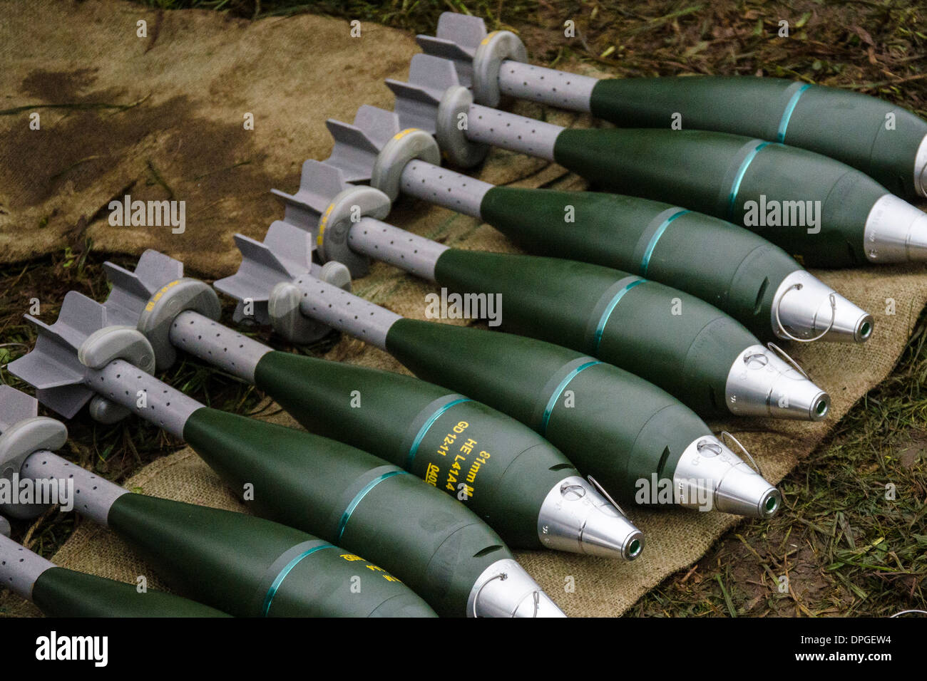 81mm mortar HE rounds,hie explosive rounds with fuses