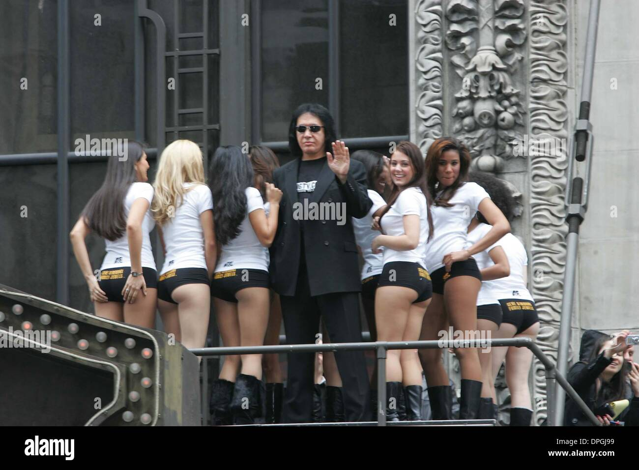 21, 2006 - New York, New York, U.S. - GENE SIMMONS AND 25 MODELS LAUNCH AN  ''ASS''VERTISING CAMPAIGN TO PROMOTE SEASON 2 OF''GENE SIMMON'S FAMILY  JEWELS'' ...