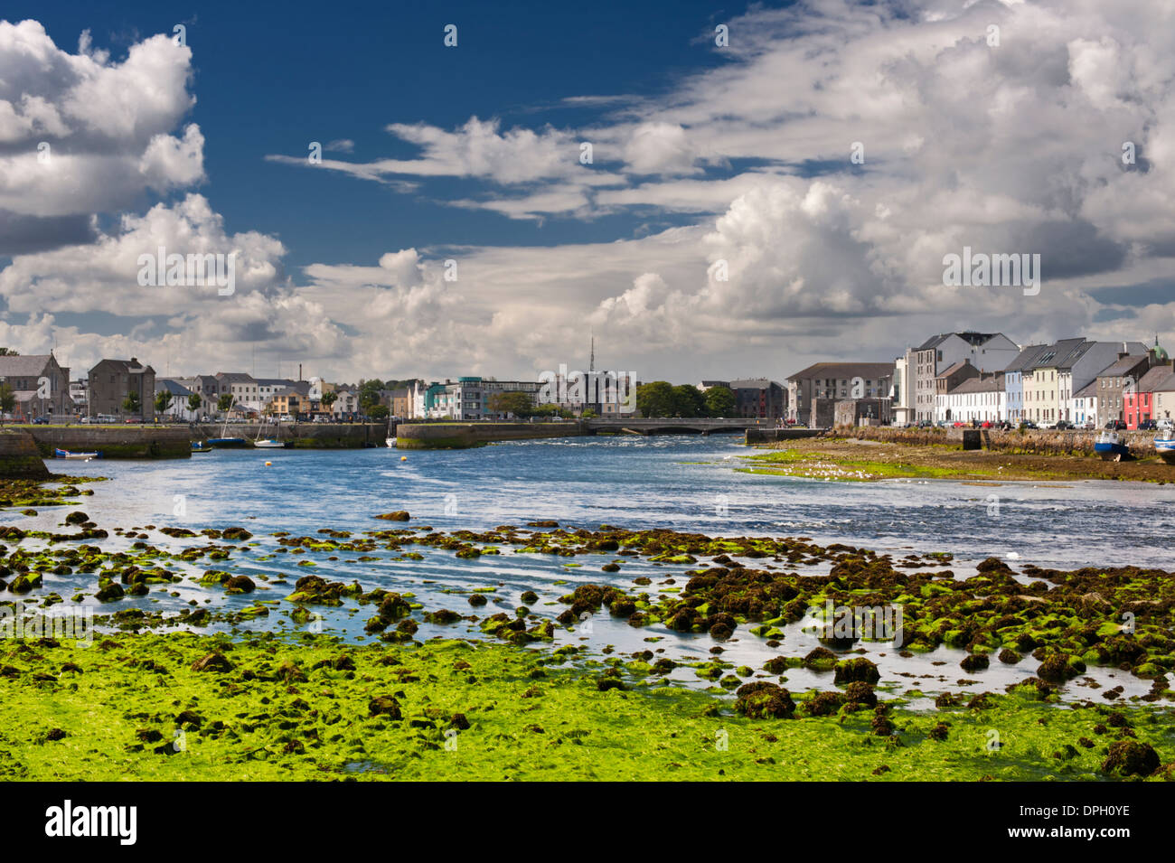 The Corrib River flowing through the Claddagh and Spanish Arch areas of Galway City, Ireland - Stock Image