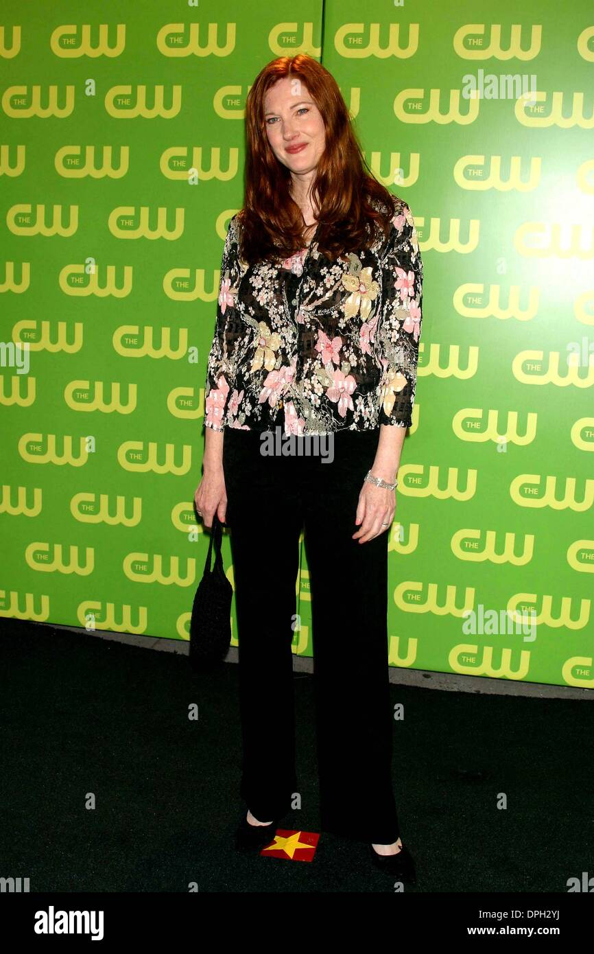 May 17, 2006 - New York, New York, U.S. - K48131ML.THE CW UPFRONT RED CARPET MADISON SQUARE GARDEN, NEW YORK New York. 05-18-2006.  -    2006.ANNETTE O'TOOLE(Credit Image: © Mitchell Levy/Globe Photos/ZUMAPRESS.com) Stock Photo