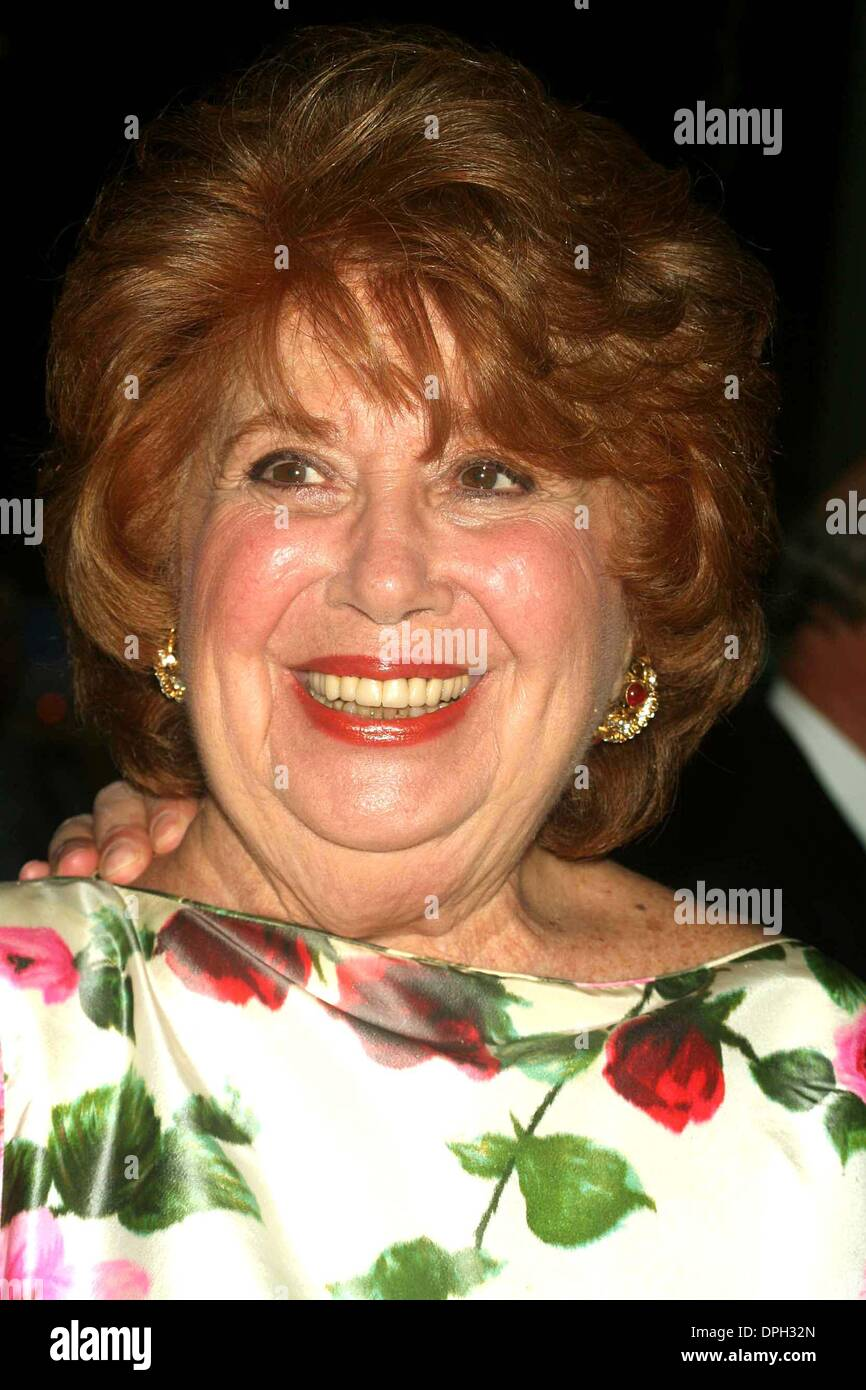 June 7, 2006 - New York, New York, U.S. - K48221ML.THE 38TH ANNUAL PARTY IN THE GARDEN AT THE MUSEUM OF MODERN ART IN NEW YORK New York ON 06-06-2006.    -    2006..BEVERLY SILLS(Credit Image: © Mitchell Levy/Globe Photos/ZUMAPRESS.com) - Stock Image