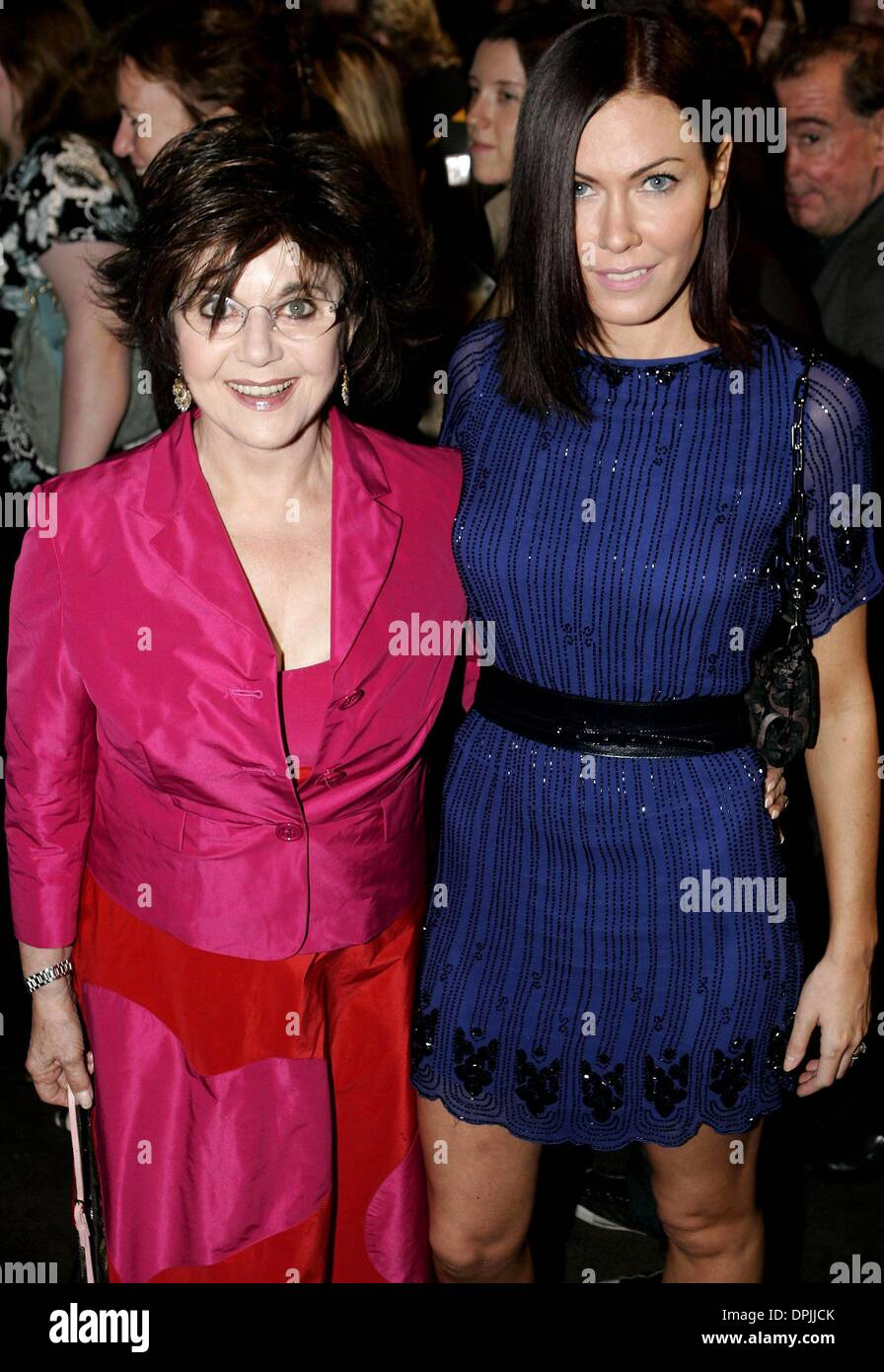 Oct. 17, 2006 - Palace Theatre, LONDON, ENGLAND - MIRIAM AND LINDSEY STOPPARD.MOTHER AND DAUGHTER.UK PREMIERE OF NEW WEST END SHOW SPAMALOT.PALACE THEATRE, LONDON, ENGLAND.17 October 2006.DIE19244.CREDIT:  -   K51014(Credit Image: © Globe Photos/ZUMAPRESS.com) - Stock Image