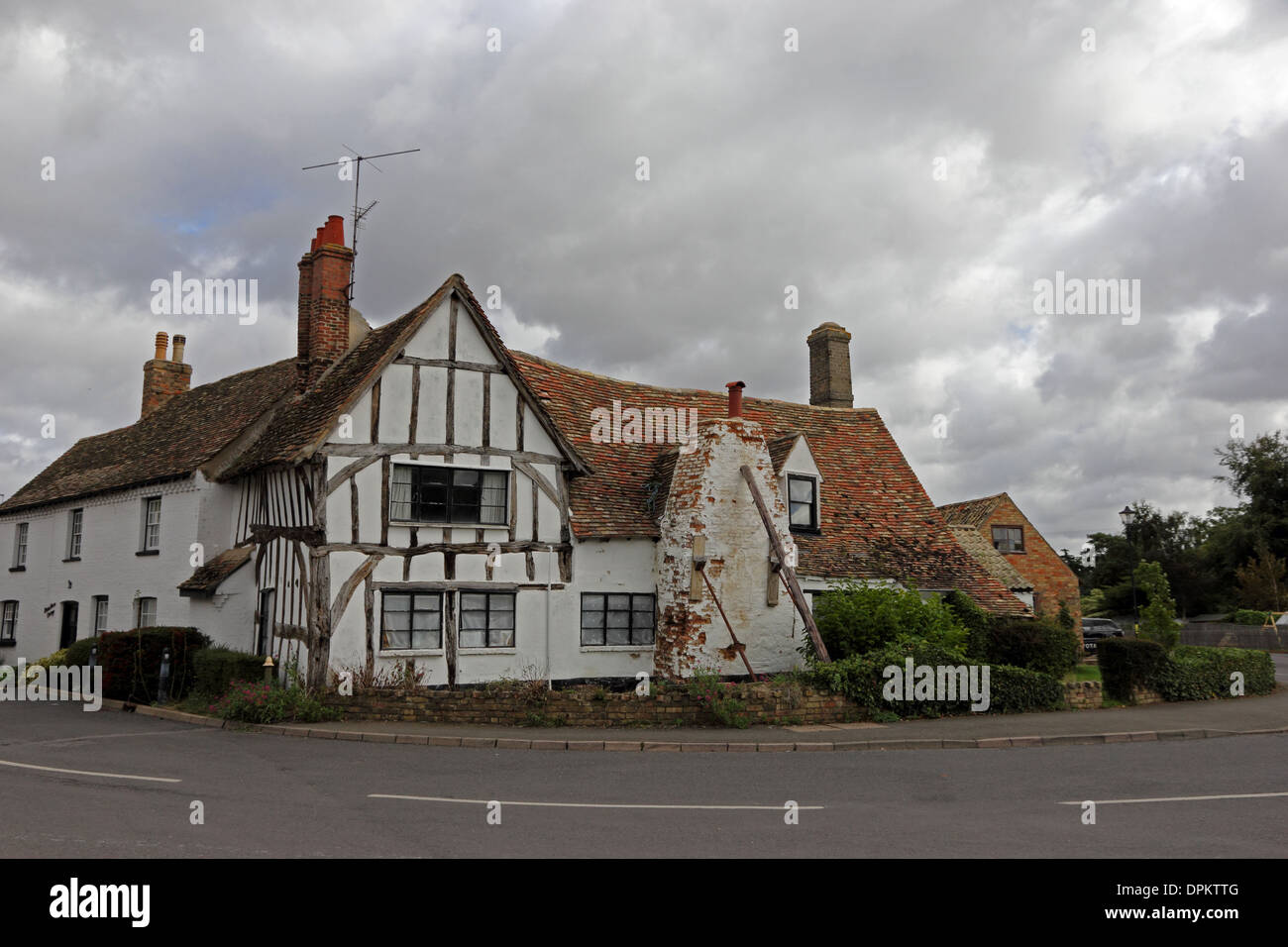 Tudor wood-framed house with structural problems - Stock Image