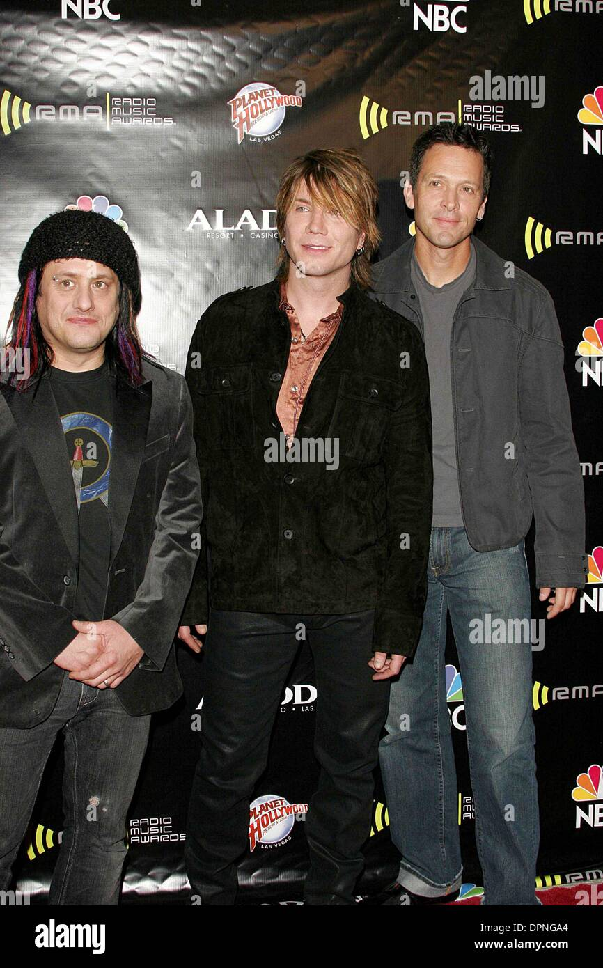 Dec  19, 2005 - GOO GOO DOLLS  2005 RADIO MUSIC AWARDS