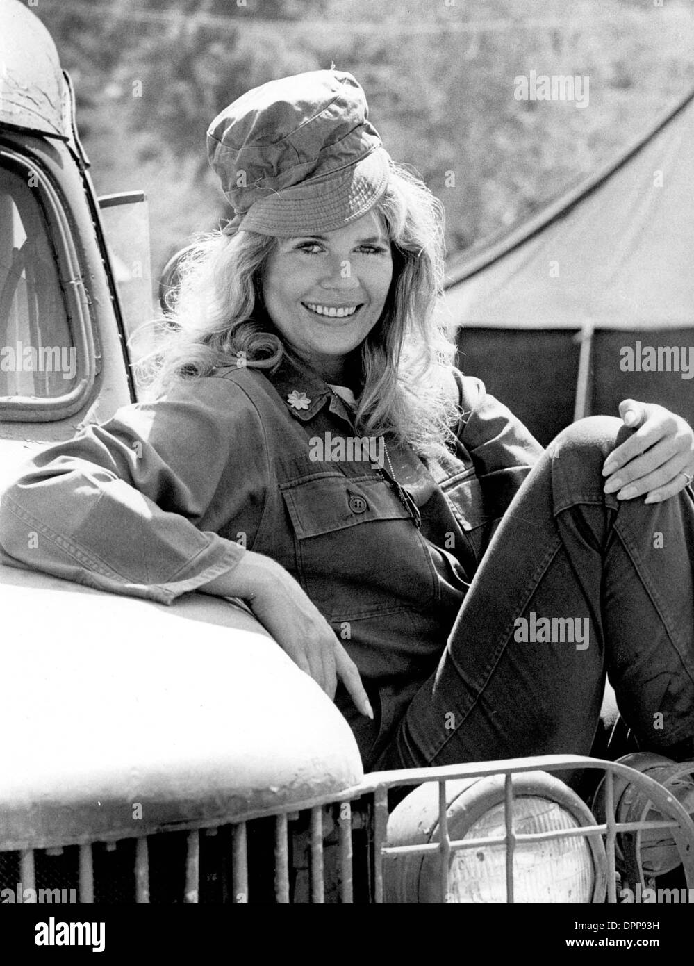 Photo of Loretta Swit  - car