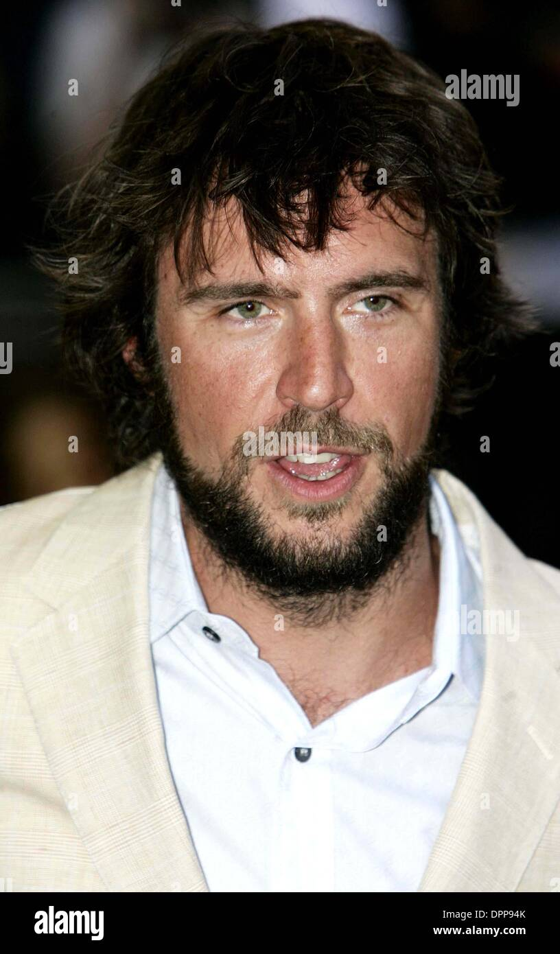 July 3, 2006 - The Odeon, Leicester Square, LONDON, ENGLAND - K48534.THE EUROPEAN FILM PREMIERE OF .''THE PIRATES OF THE CARIBBEAN - DEAD MAN'S CHEST'' AT THE ODEON CINEMA, LEICESTER SQUARE, LONDON..07-03-2006..JACK DAVENPORT.ACTOR.. Tim Matthews /   /    2006.(Credit Image: © Globe Photos/ZUMAPRESS.com) - Stock Image