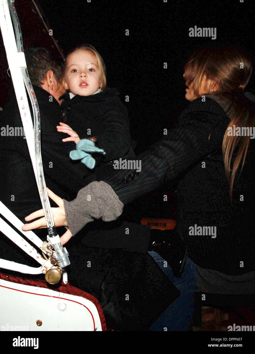 Dec. 3, 2006 - New York, New York, USA - Kate  Moss out and about  in Manhattan on December 1, 2006..K50951AR. AR-   KATE DAUGHTER LILA GRACE(Credit Image: © Globe Photos/ZUMAPRESS.com) - Stock Image