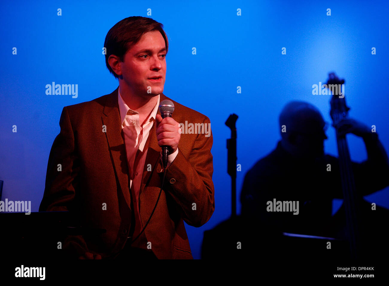 Jan 06, 2009 - New York, New York, USA - Singer MORGAN SILLS performing at The Metropolitan Room. (Credit Image: © Aviv Small/ZUMA Press) - Stock Image