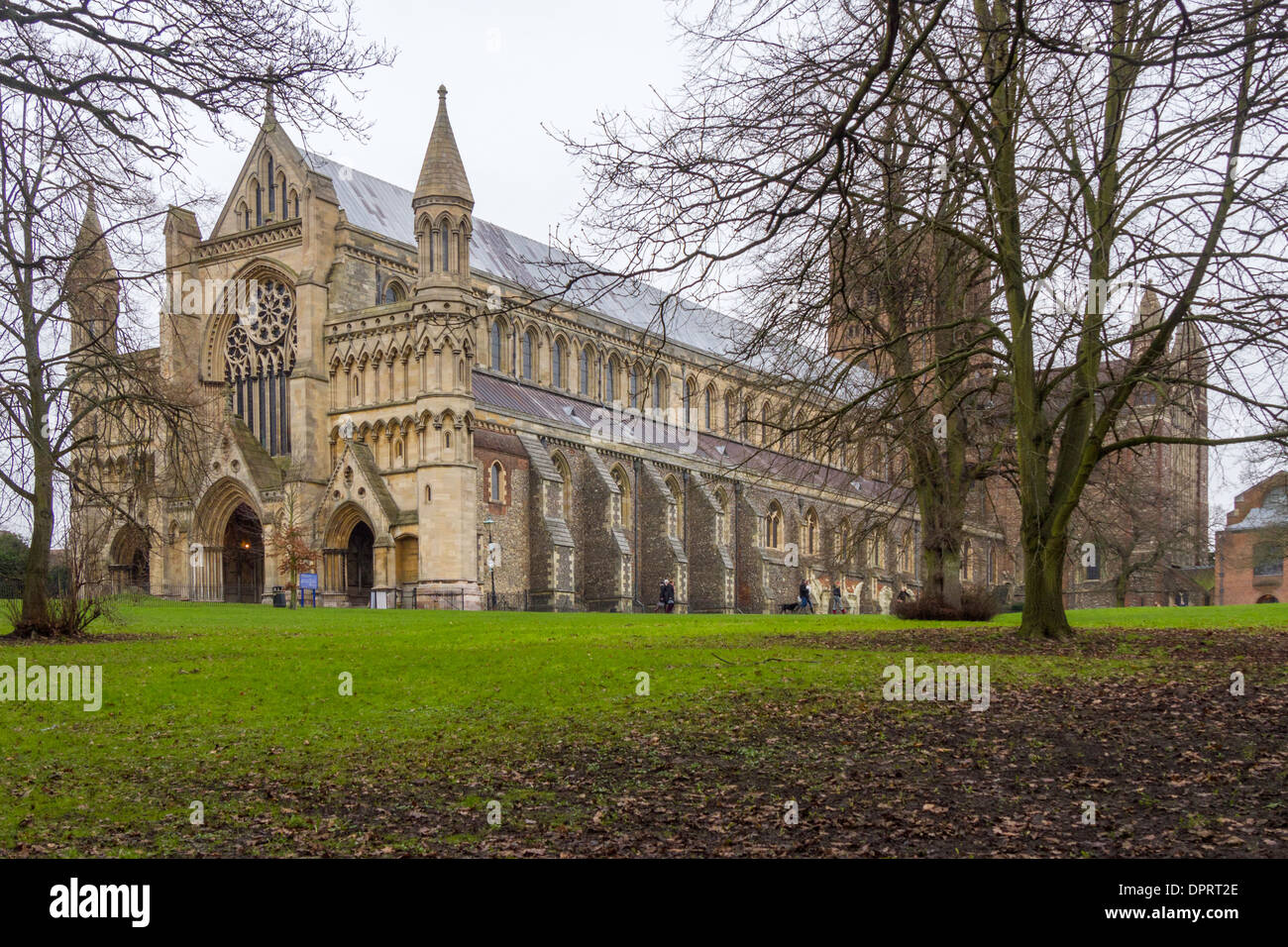 Cathedral of St Albans, Hertfordshire, England, UK, seen from Abbey Mill Lane. - Stock Image