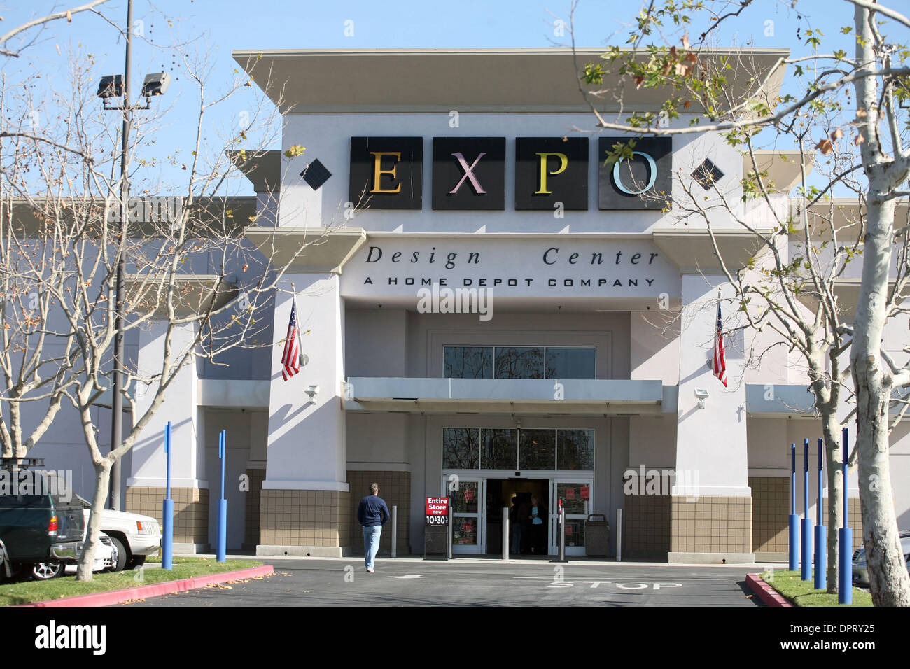 Jan 27 2009 Los Angeles California Usa An Expo Design Center Stock Photo Alamy