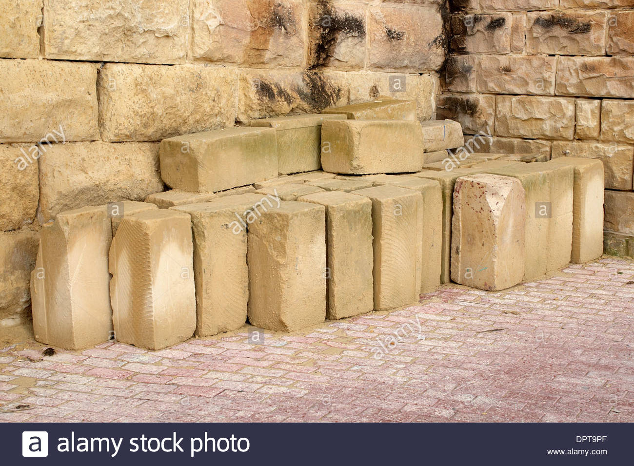 Sandstone Blocks Stock Photos & Sandstone Blocks Stock Images - Alamy