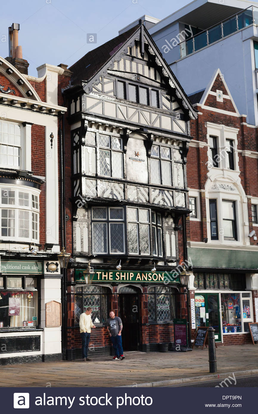 The Ship Anson Pub on Portsmouth Harbour front. - Stock Image