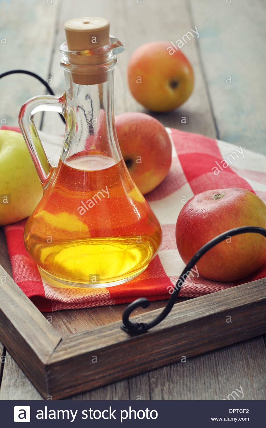how to keep strawberries fresh apple cider vinegar