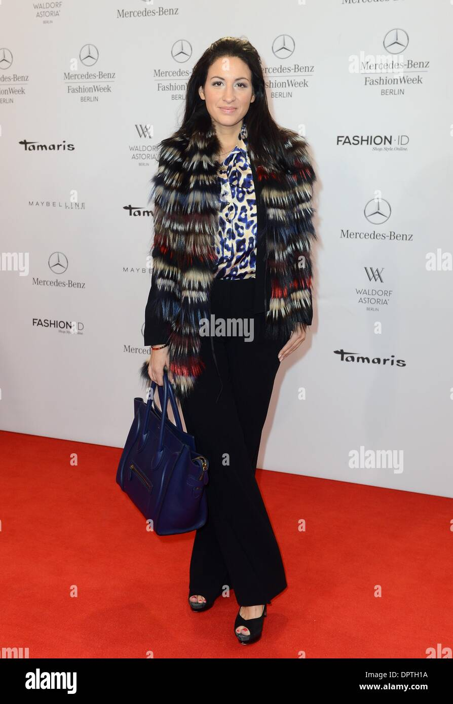 Berlin, Germany. 16th Jan, 2014. Producer Minu Barati-Fischer arrives for the fashion show of the label Laurel at Mercedes-Benz Fashion Week in Berlin, Germany, 16 January 2014. Creations from the 2014/15 autumn/winter collection are being presented at Berlin Fashion Week. Photo: BRITTA PEDERSEN/dpa/Alamy Live News - Stock Image