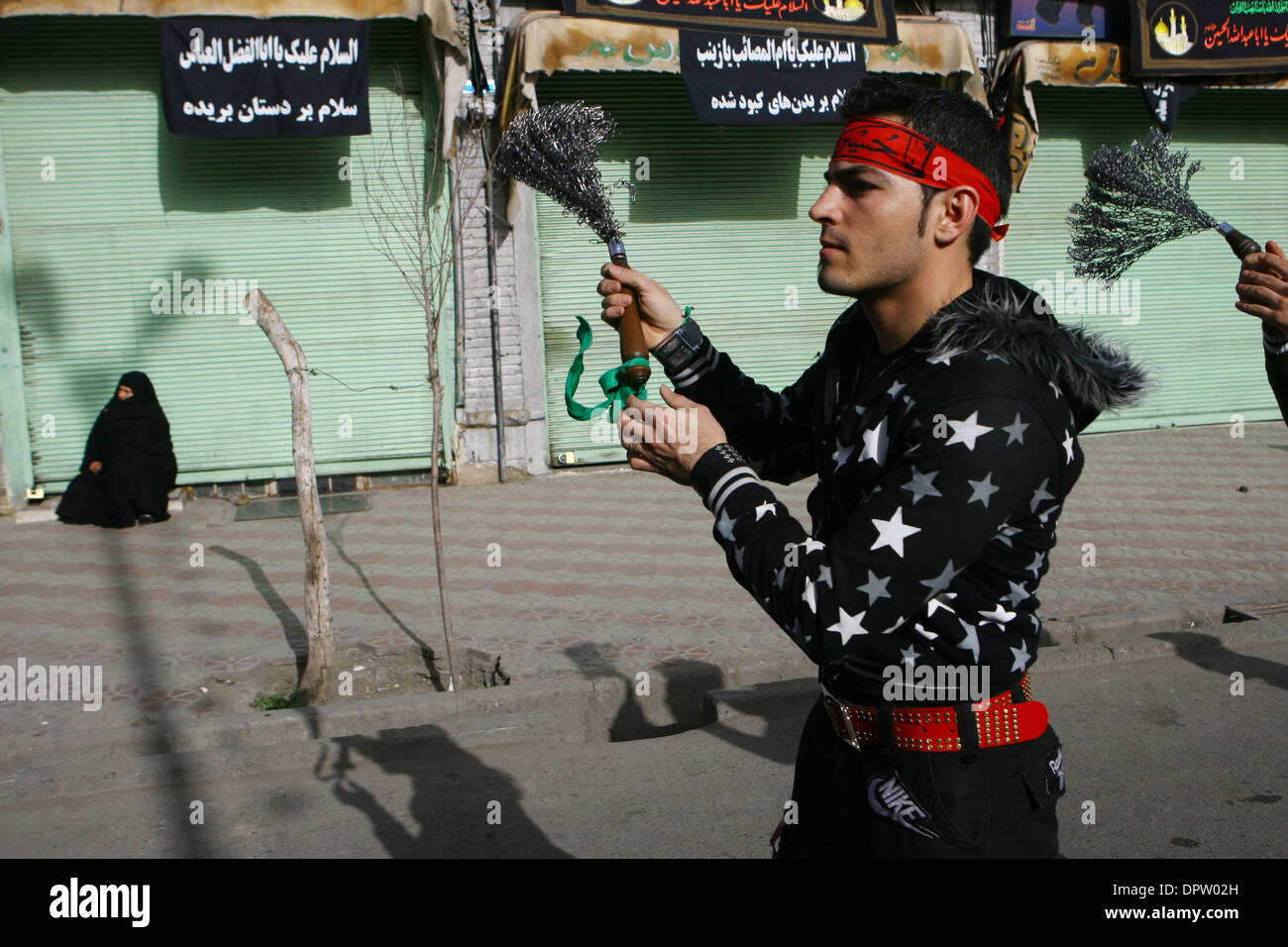 Beat Iron Stock Photos Images Alamy 2009 Feb 16 Tehran Iran Iranian Shiites Muslims Their Shoulders With