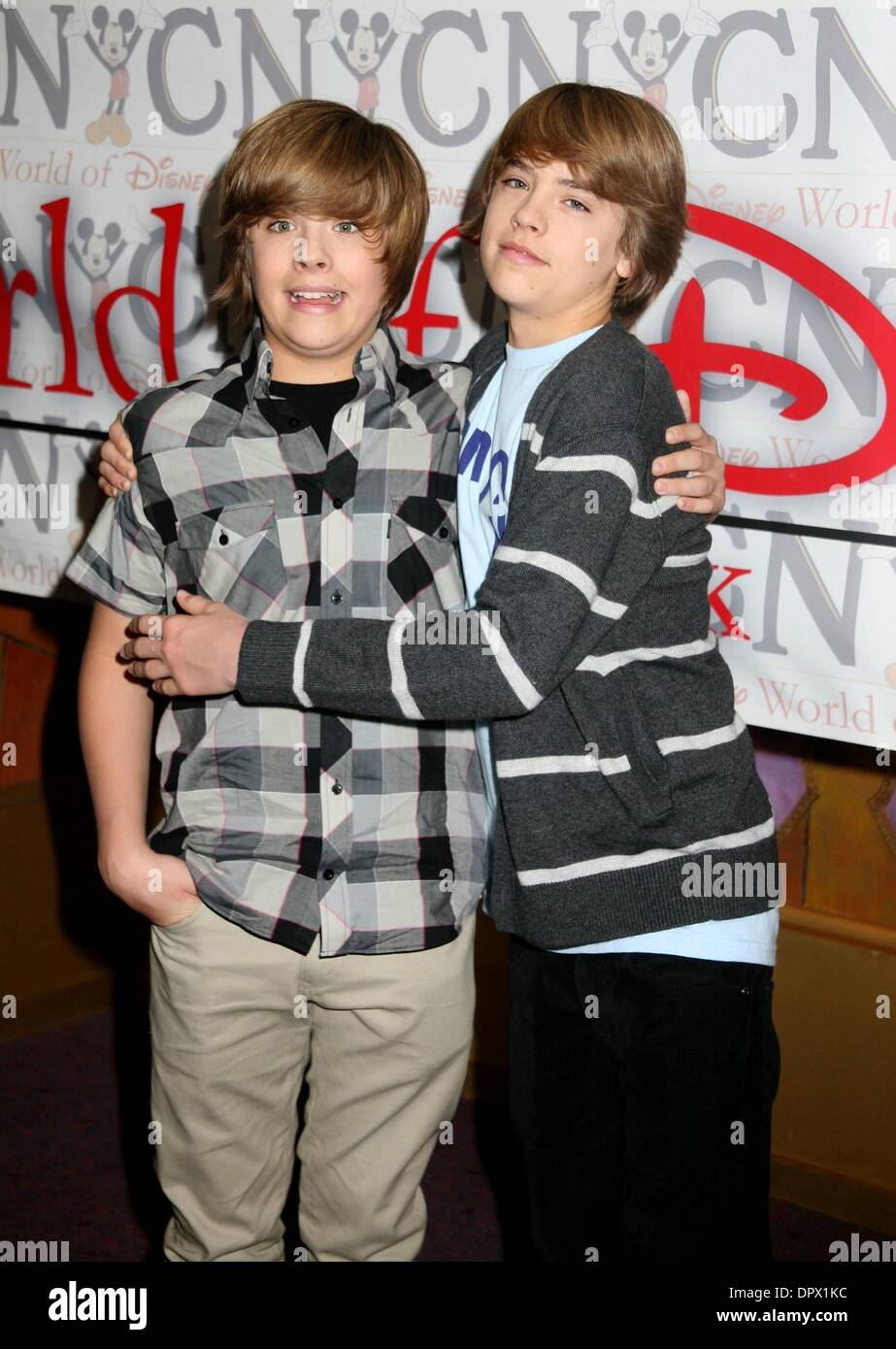 Mar 06, 2009 - New York, New York, USA - Actors (L) DYLAN ...
