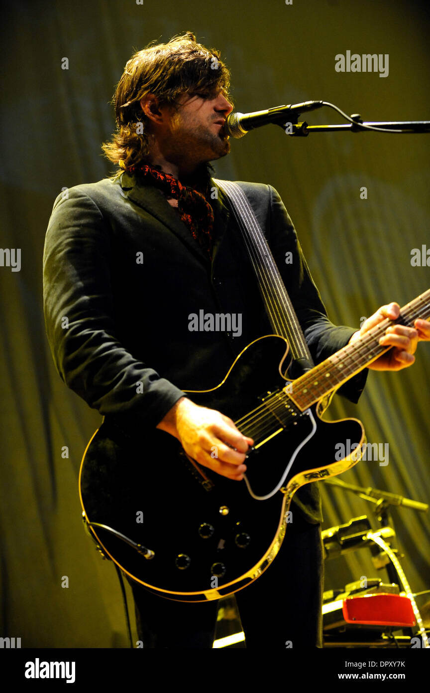 Apr 11, 2009 - Myrtle Beach, South Carolina, USA - Guitarist RAN JACKSON with the band The Daylights during their live performance to a sold out audience as their 2009 tour makes a stop at the House of Blues located in Myrtle Beach. (Credit Image: © Jason Moore/ZUMA Press) - Stock Image