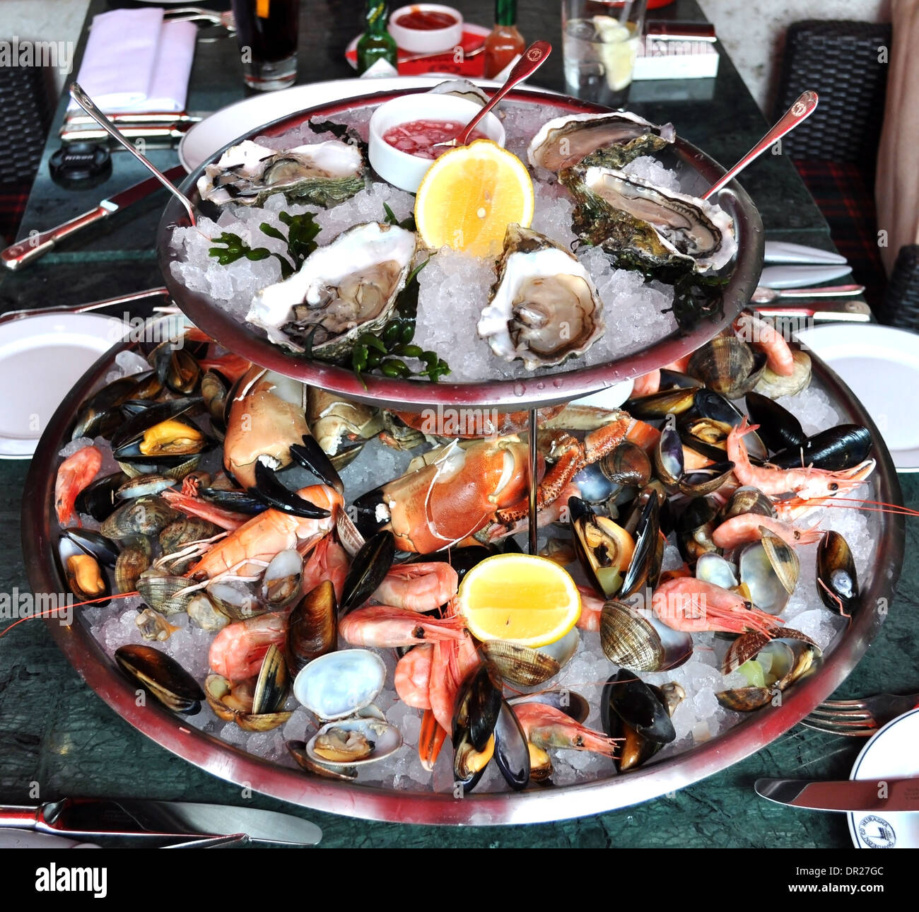 plateau de fruits de mer sea food platter at a london restaurant stock photo 65818044 alamy. Black Bedroom Furniture Sets. Home Design Ideas
