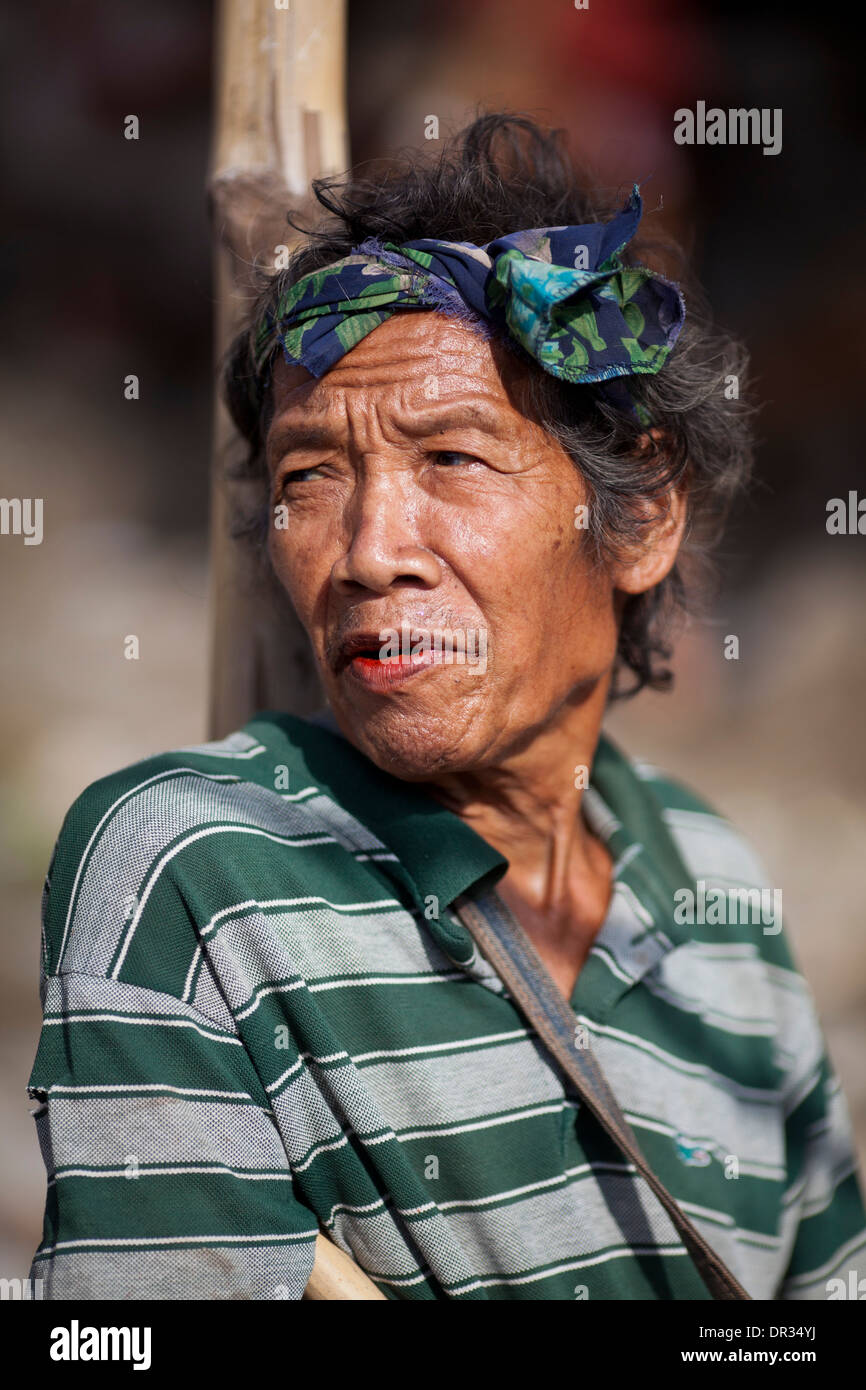 A Hanunoo Mangyan man at a Mangyan market near Mansalay, Oriental Mindoro, Philippines. Stock Photo