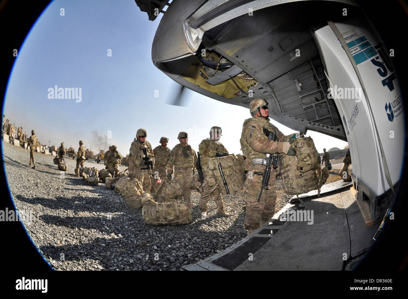 Guam Army National Guard, prepare to board a CH-47 Chinook from Camp Phoenix, Kabul, Afghanistan - Stock Image