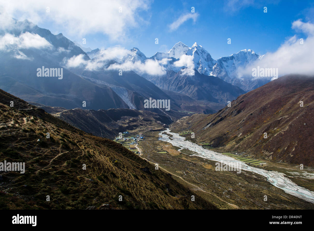 Snow covered Everest - Stock Image