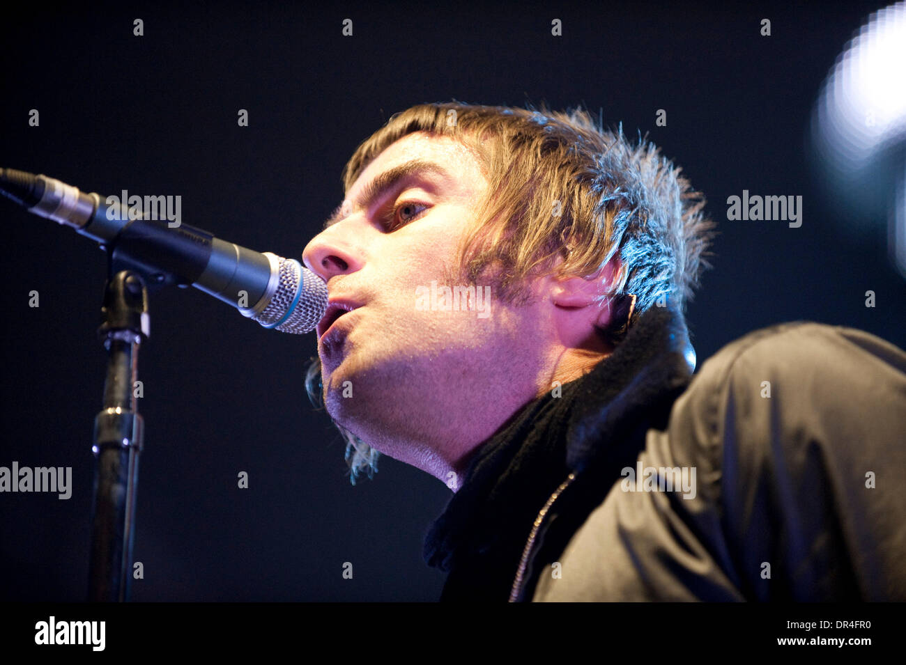 Dec 15, 2008 - London, Ontario, Canada - Singer LIAM GALLAGHER  of Oasis performs during a show at the John Labatt Centre in London. (Credit Image: © Oliver Day/Southcreek EMI/ZUMA Press) - Stock Image