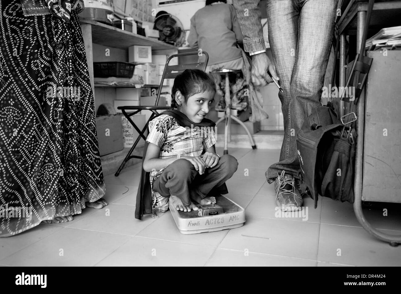 Jan 24, 2009 - Ahmedabad, Gujarat, India - Munni at the DOTS centre at Ahmedabad. The extra pulmonary TB has affected her spinal cord and that is affecting the physical control and movement of her eyes as well. (Credit Image: © Subhash Sharma/ZUMA Press) - Stock Image
