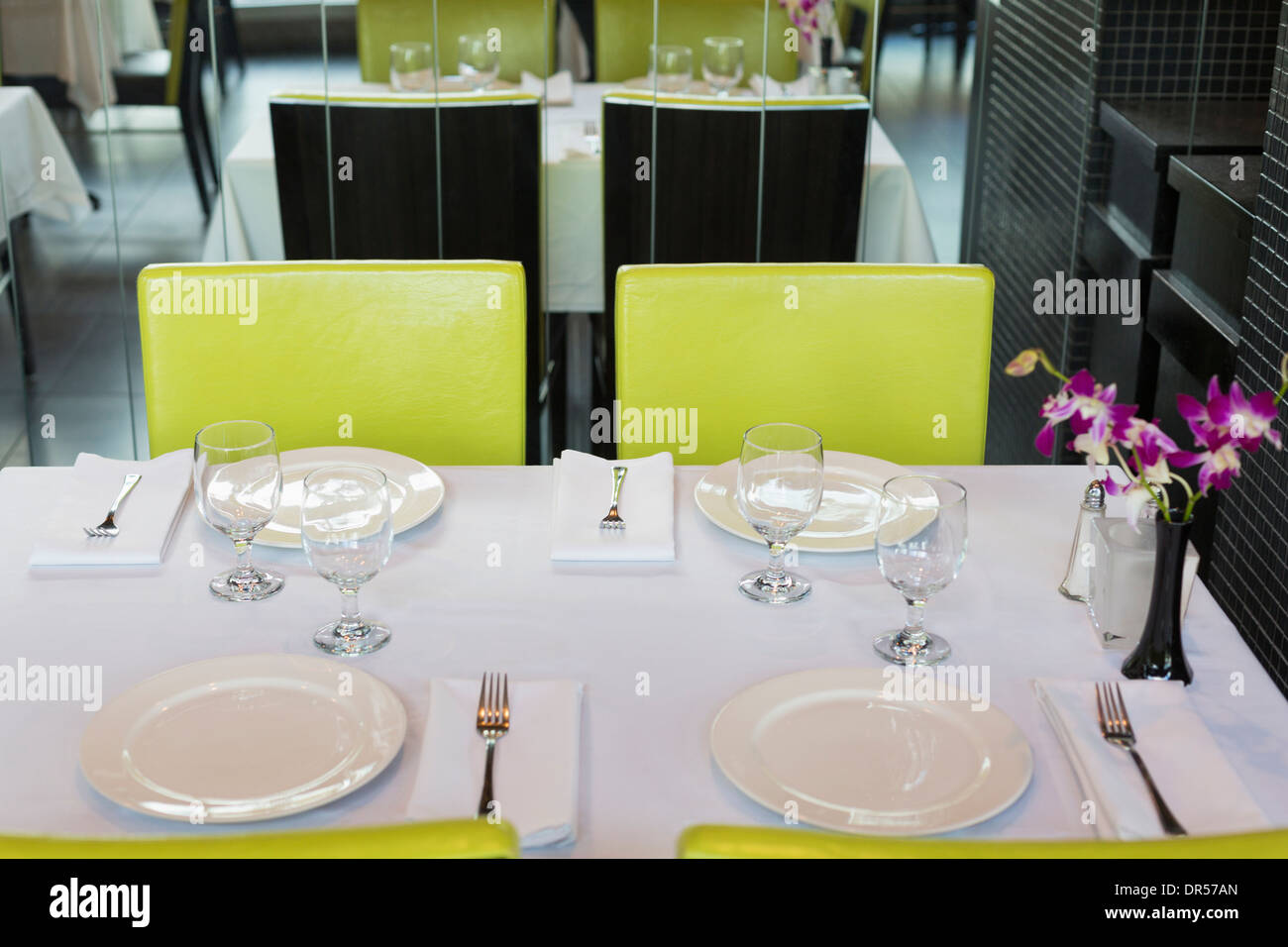 Set tables in Thai restaurant - Stock Image
