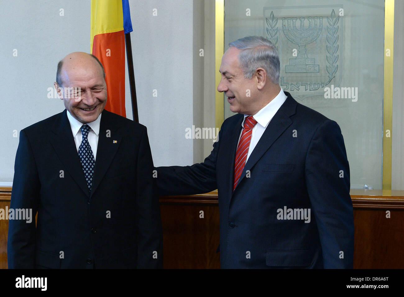 Jerusalem. 20th Jan, 2014. Israeli Prime Minister Benjamin Netanyahu (R) meets with visiting Romanian President Traian Basescu in Jerusalem, on Jan. 20, 2014. © GPO/Kobi Gideon/Xinhua/Alamy Live News - Stock Image
