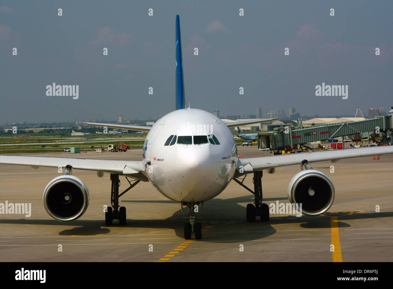 Airbus A310 front view - Stock Image