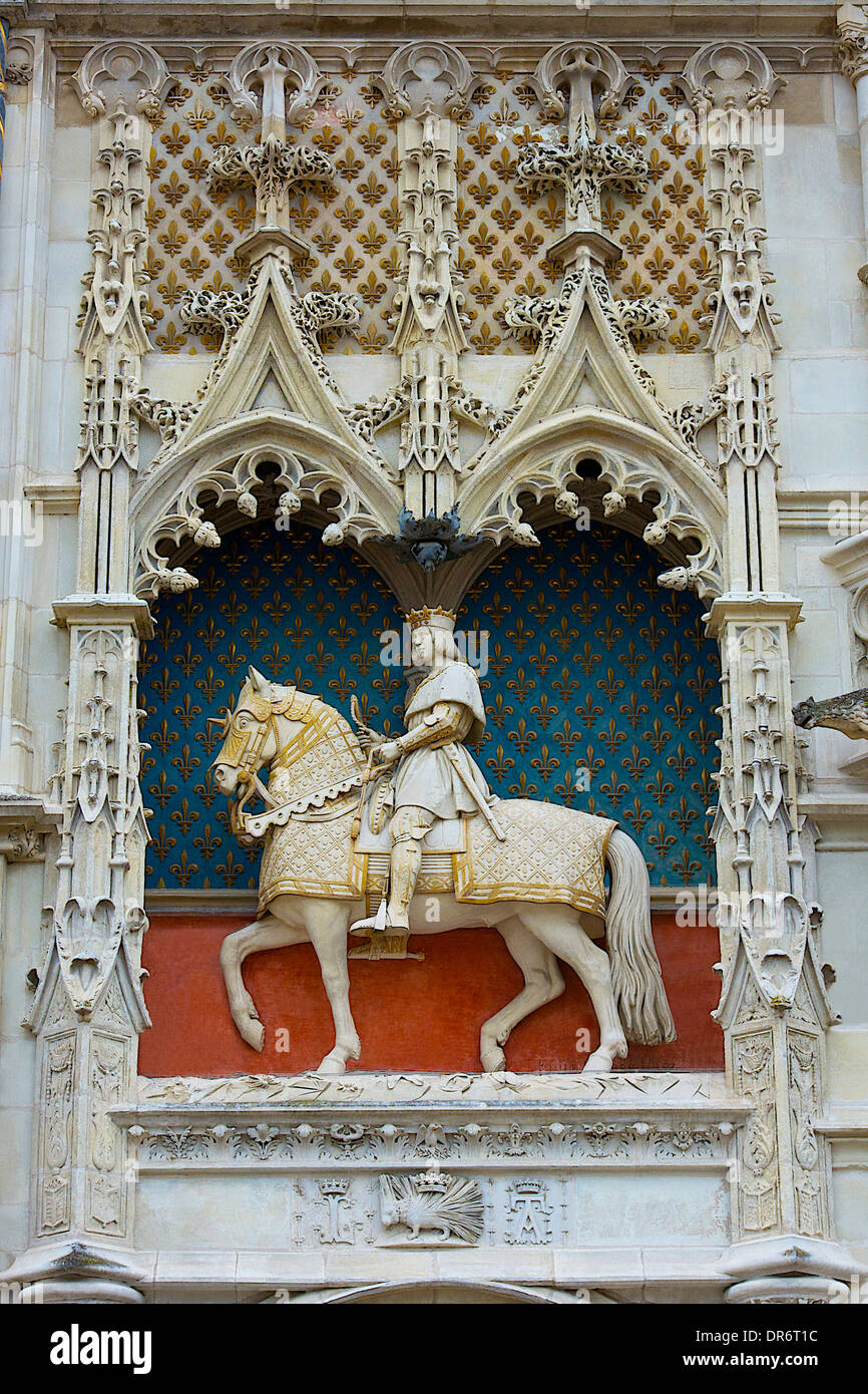 Statue of King Louis XII in Blois, France - Stock Image