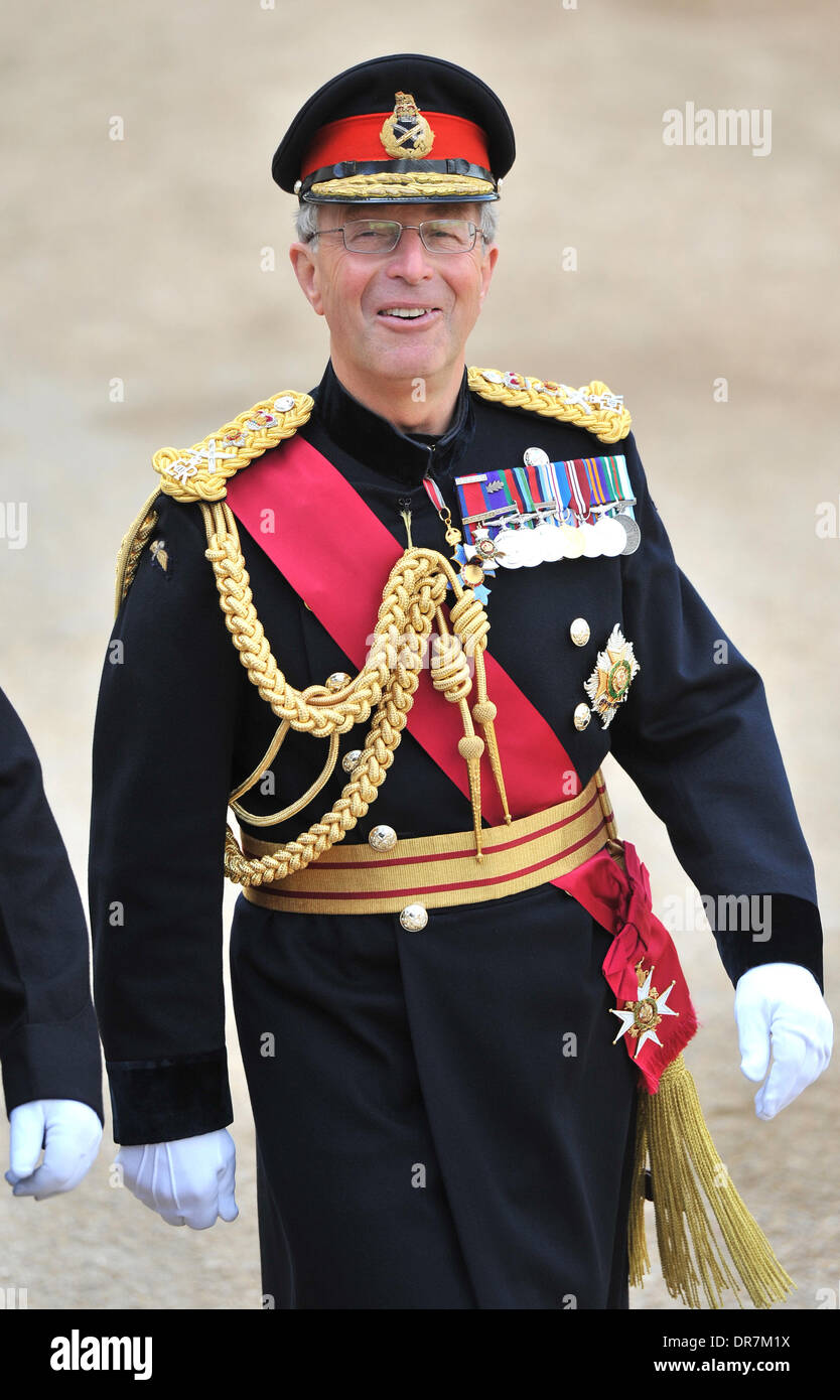 General Sir David Richards, Chief of the Defence Staff attends the 2012 Trooping the Colour ceremony at the Horse Stock Photo
