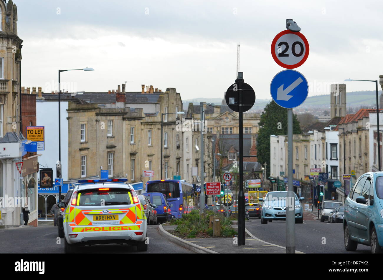 Bristol, UK. 21st January 2014. 20mph speed limits which are enforceable came into effect this morning in the City of Bristol. Credit:  Robert Timoney/Alamy Live News Stock Photo