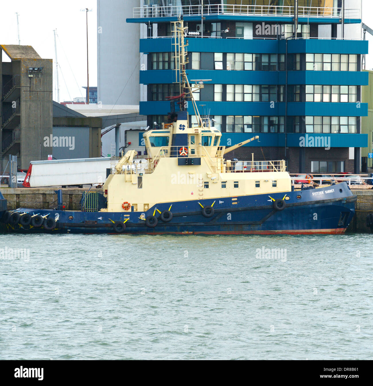 "Tug ""Svitzer Surrey"" moored at Southampton docks. Built in 1992 by RICHARDS DRYDOCK & ENGINEERING - GREAT YARMOUTH, Stock Photo"