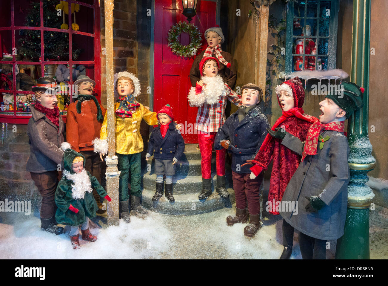 Christmas Carol Singers Ornaments.Carol Singers Stock Photos Carol Singers Stock Images Alamy