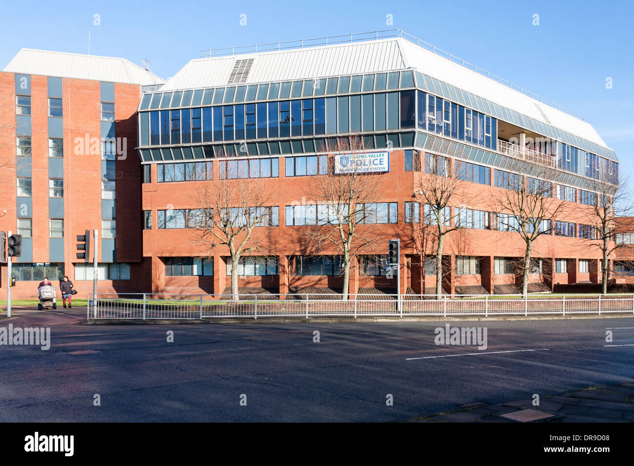 Reading Police Station, Thames Valley Police, Reading, Berkshire, England, GB, UK. - Stock Image