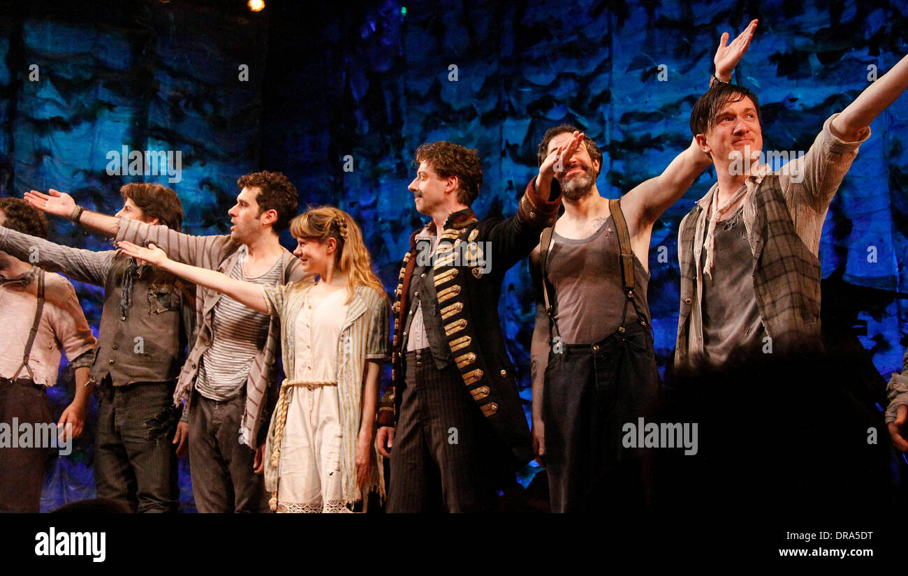 Rick Holmes, Adam Chanler-Berat, Celia Keenan-Bolger, Christian Borle, Kevin Del Aguila and Carson Elrod Christian Borle's last performance as Black Stache in the Broadway play 'Peter and the Starcatchers' at the Brooks Atkinson Theatre - Curtain Call New York City, USA – 30.06.12 - Stock Image