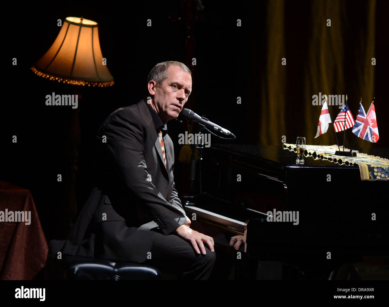 Hugh Laurie  performing on stage at Hammersmith Apollo London, England - 02.07.12 - Stock Image
